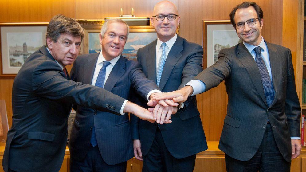 Foto: Gabriel Alonso, Joaquín Arenas, Jesús Nuño de la Rosa, y Olaf Díaz-Pintado en la firma del acuerdo