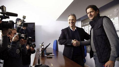 Osasuna destituye a Caparrós tan sólo dos meses después de contratarle