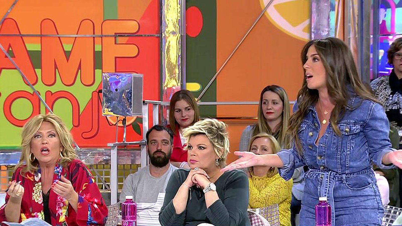 Foto: Lydia Lozano, Terelu Campos y Anabel Pantoja en 'Sálvame'. (Mediaset España)