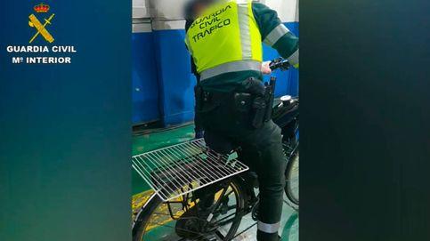 Monta un motor en su bicicleta y le cuesta 1.400 euros de multa