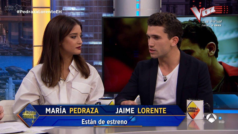 María Pedraza y Jaime Lorente, en 'El Hormiguero'. (Antena 3)