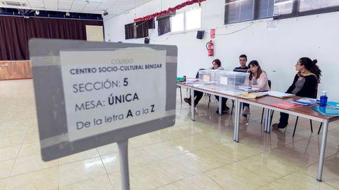 Una veintena de personas se queda sin votar en Madrid porque no aparecen en el censo