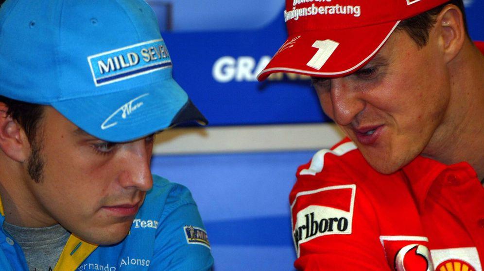 Foto: Michael Schumacher y Fernando Alonso en la temporada 2003.