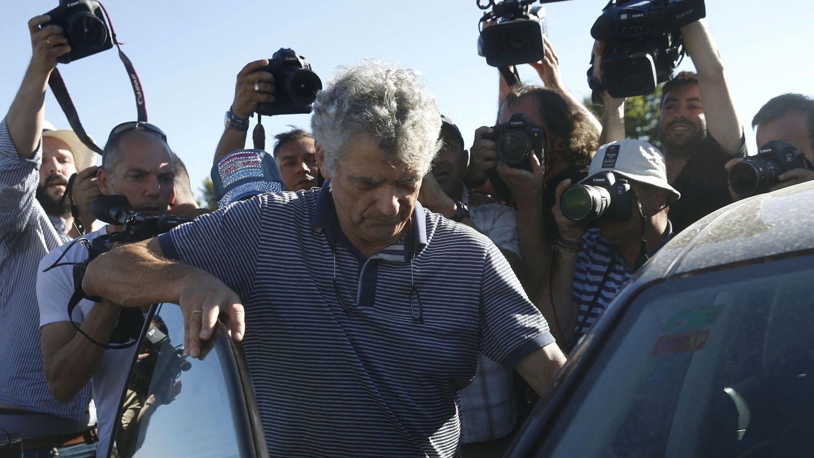 Foto: Ángel María Villar, tras salir de prisión el pasado 1 de agosto. (EFE)