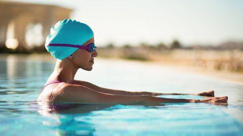 El ejercicio que debes hacer en la piscina para quemar mucha grasa