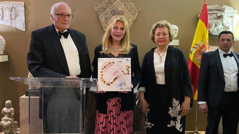 La baronesa, en un momento de la entrega de premios. (Cortesía de Paula Fuster)