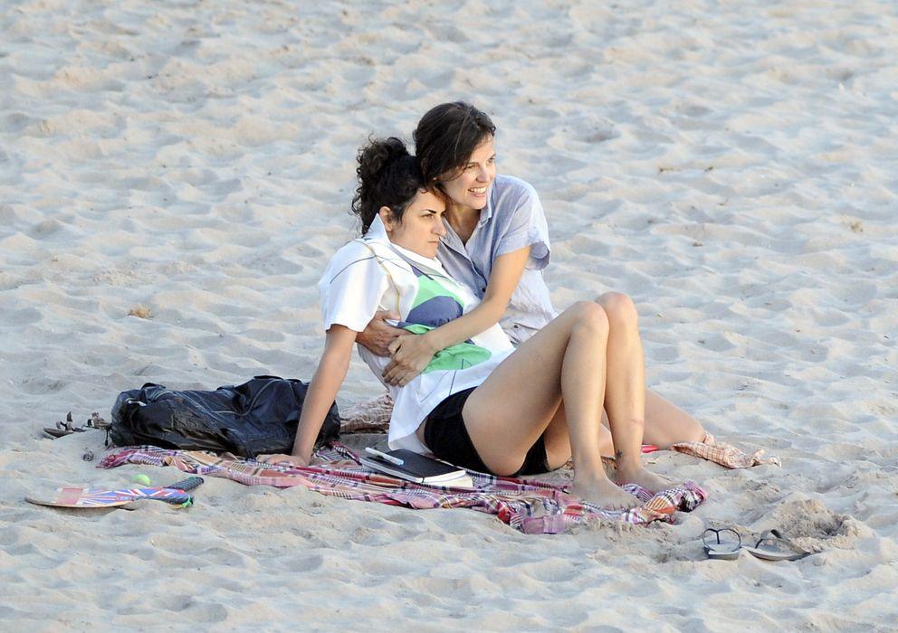 Foto: Elena Anaya y Bea Sanchís, durante unas vacaciones en Menorca (Gtres)