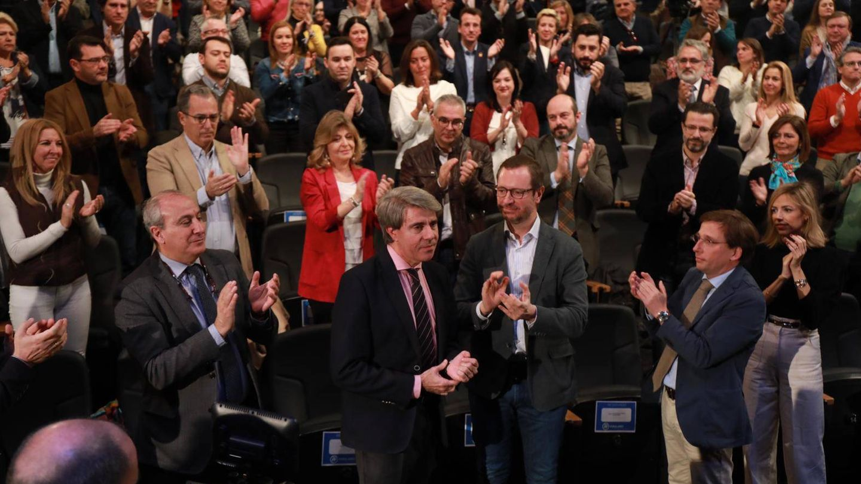El presidente madrileño Ángel Garrido recibió una fuerte ovación