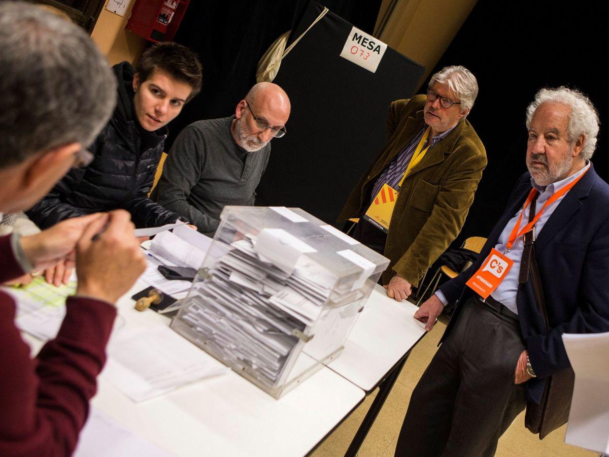Foto: Mesa electoral. (EFE)