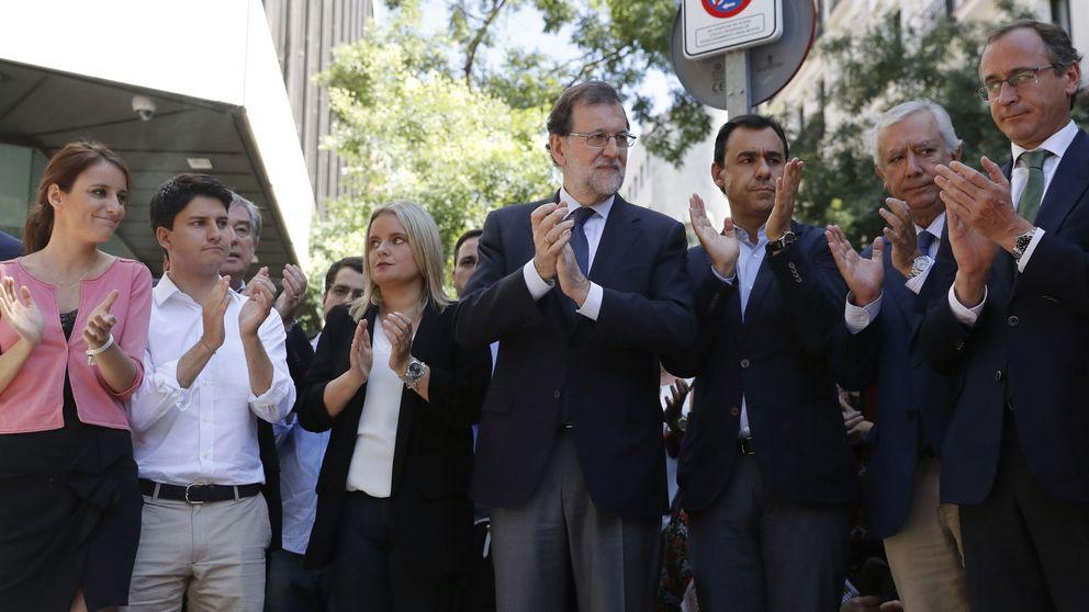 Carmena rectifica y desplegará una pancarta en memoria de Miguel Ángel Blanco