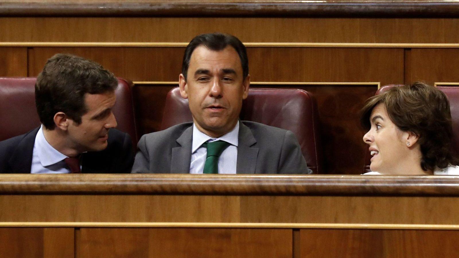 Foto:  Los dos candidatos a la Presidencia del PP, Soraya Sáenz de Santamaría y Pablo Casado. (EFE)