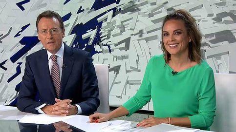 La divertida pillada a Matías Prats y Mónica Carrillo en 'Antena 3 Noticias'