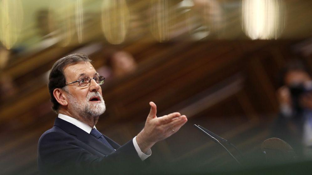 Foto: El presidente del Gobierno, Mariano Rajoy, comparece en el Congreso para dar cuenta de la situación en Cataluña. (EFE)