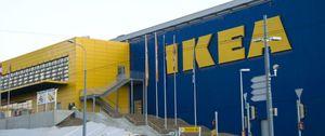 Foto: Dos mil personas colapsan un pueblo valenciano al creer que Ikea ofrecía empleo