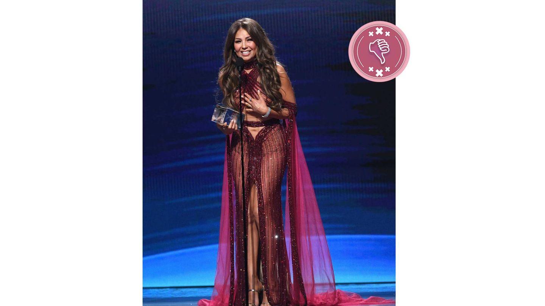 Thalía y sus transparencias en los Grammys Latinos. (Getty)