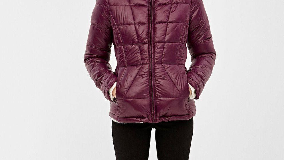La chaqueta puffer de Springfield, que ha agotado stock, favorece a cualquier talla