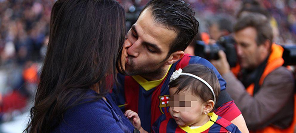 Foto: Cesc Fábregas y Daniella Semaan con su hija Lía, en una imagen de archivo (Gtres)
