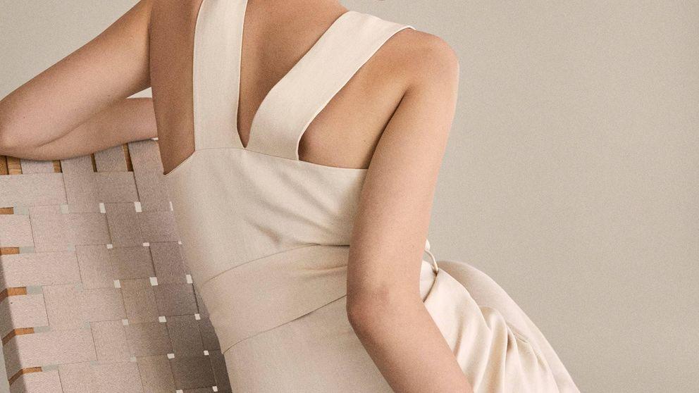 Los 3 vestidos de Massimo Dutti que quedan mejor con sandalias planas
