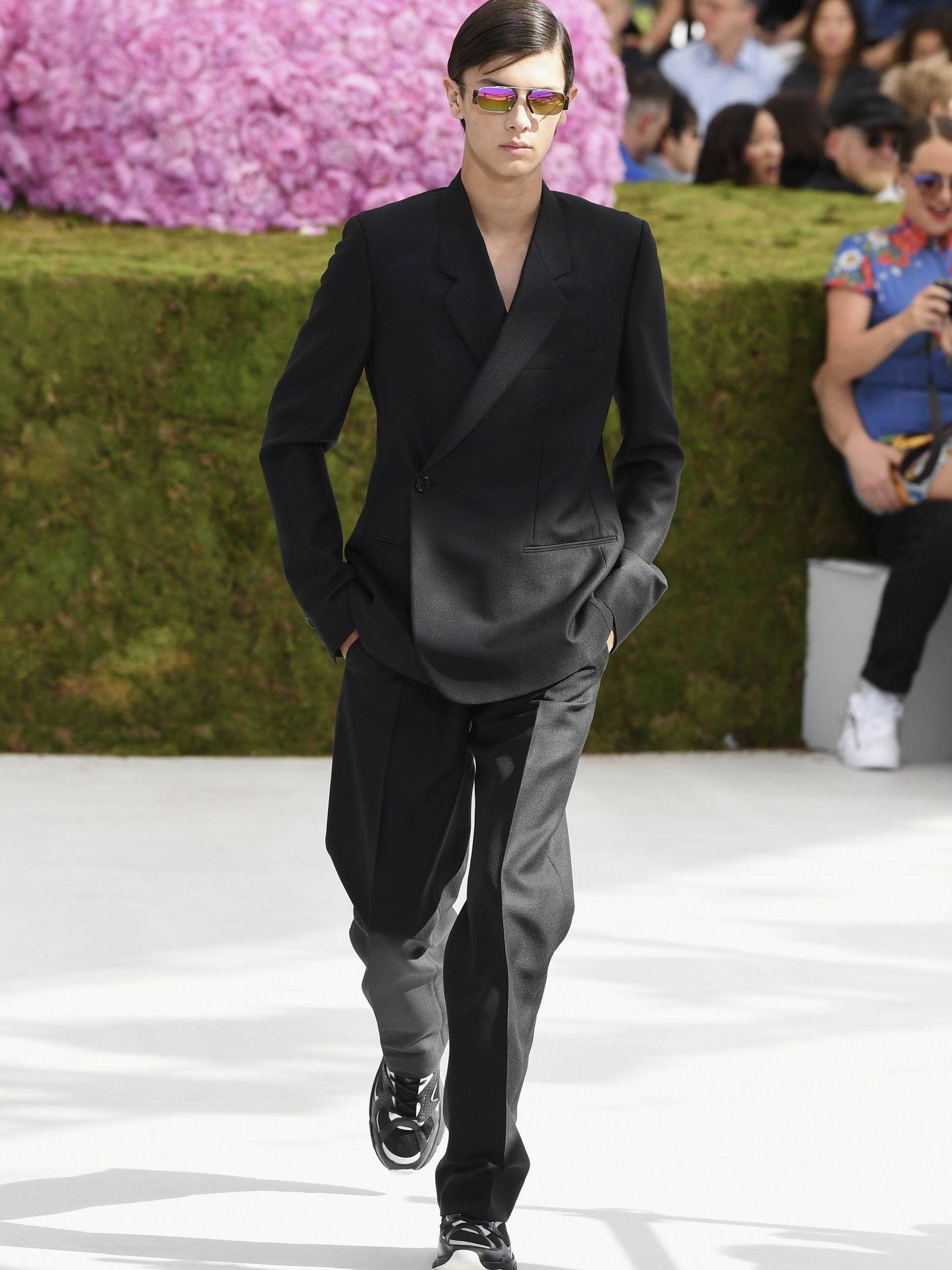Nicolás de Dinamarca desfilado para Dior. (Getty)