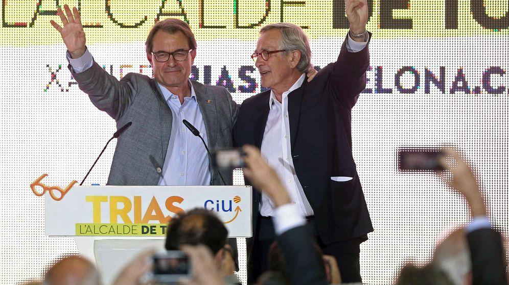 Foto: Artur Mas y Xavier Trias en acto cierre campaña de CiU. (EFE)