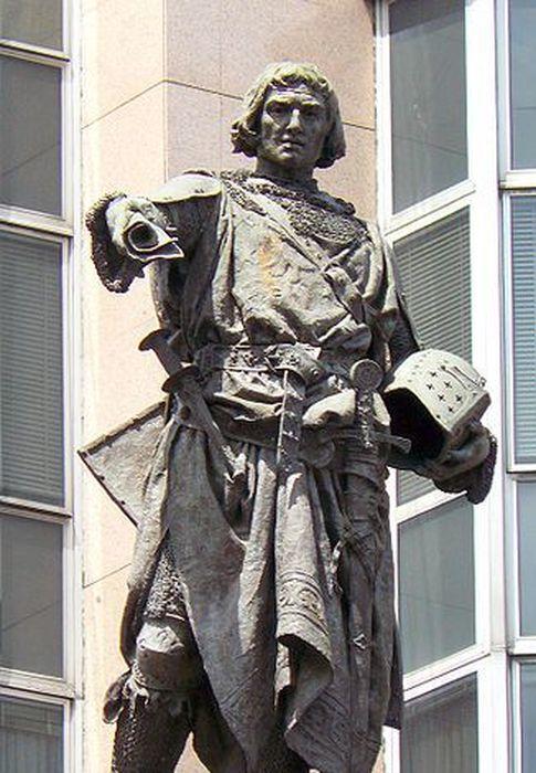 Foto: Estatua de Diego López V de Haro, señor de Vizcaya, en Bilbao. (CC)