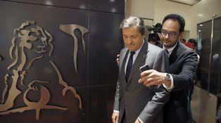 No hay prisa por airear la imagen de un PSOE roto