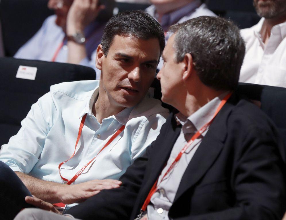 Foto: Pedro Sánchez y José Luis Rodríguez Zapatero, el pasado 17 de junio en el 39º Congreso Federal del PSOE. (EFE)