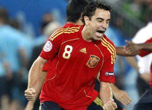 Foto: Xavi Hernández es elegido el jugador de la Eurocopa