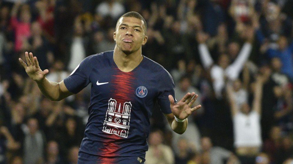 Foto: Kylian Mbappé celebra un gol en el partido entre el Paris Saint-Germain y el Mónaco. (EFE)