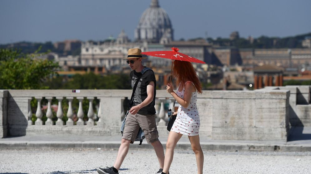 Foto: Turistas en Roma (EFE)