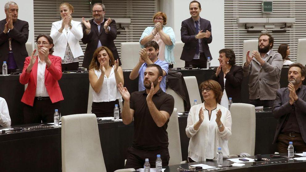 El dilema de los concejales de Carmena entre Pablo Iglesias y Garzón el 20-D