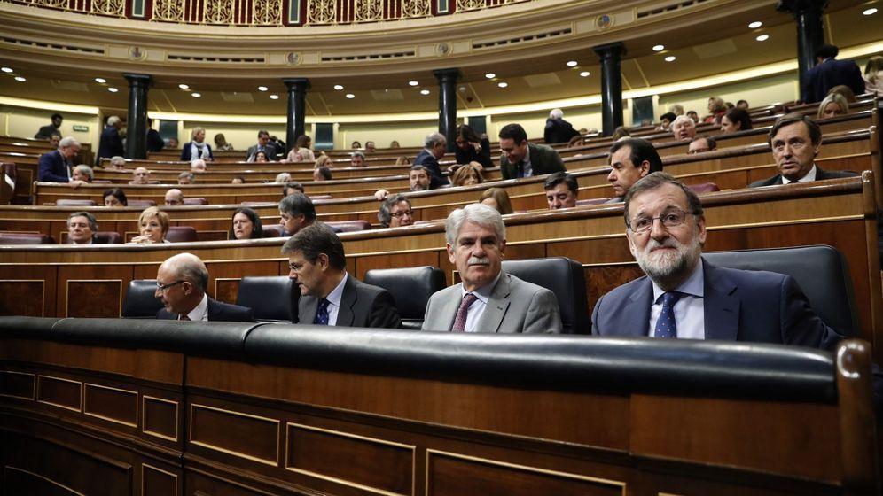 Foto: El presidente del Gobierno, Mariano Rajoy, en el Congreso. (EFE)