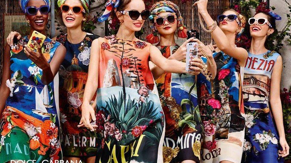 Foto: ¿La postura nos va aumentar la papada? (Imagen: Dolce & Gabbana)
