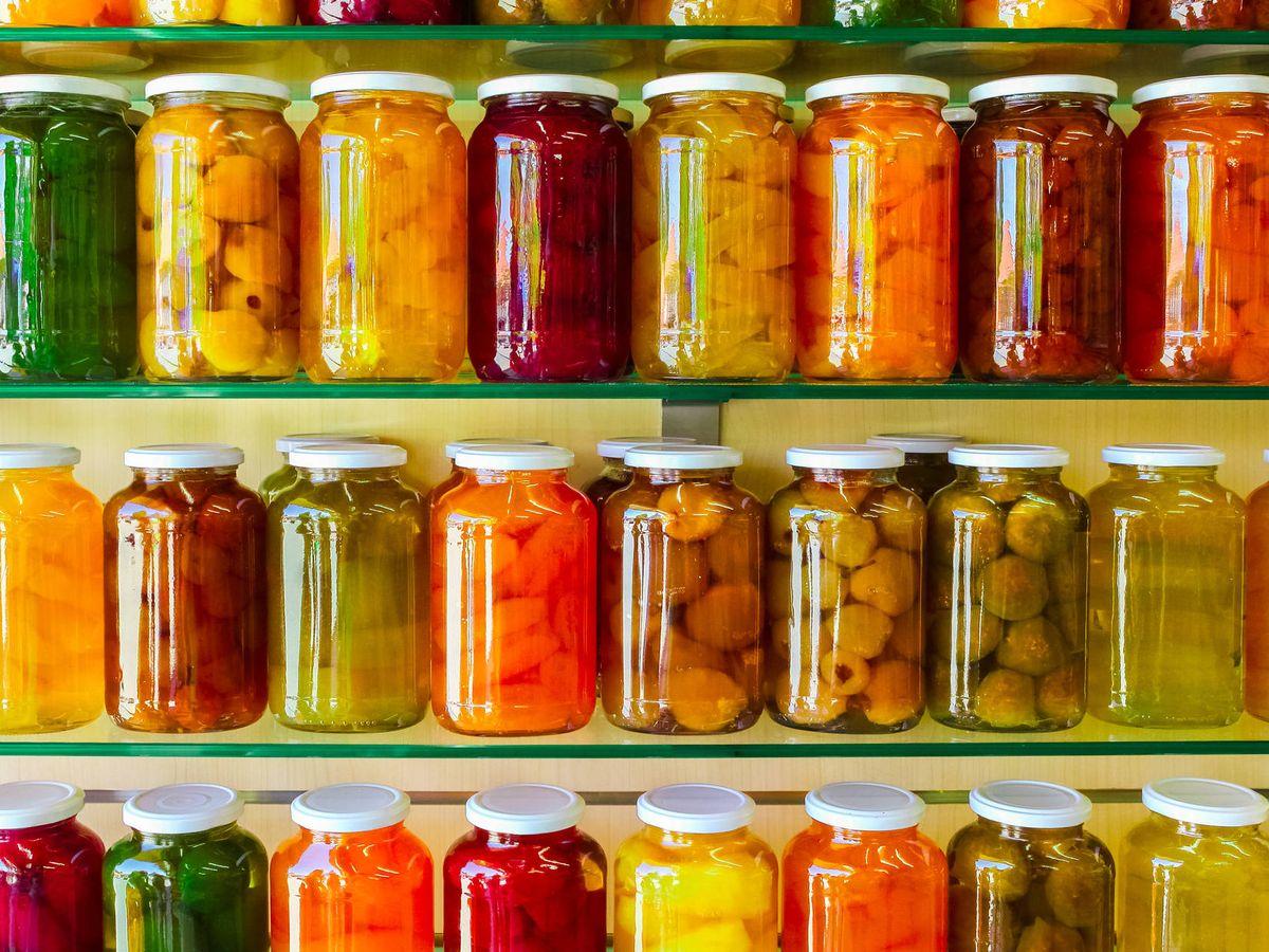 Foto: Ciertos alimentos son capaces de sobrevivir al paso del tiempo... indefinidamente. (iStock)