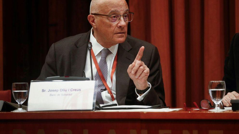 Sabadell contacta con BBVA y Kutxabank para estudiar una fusión