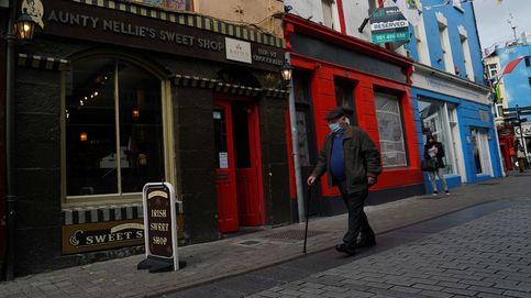 Irlanda amplía las restricciones pero ignora las recomendaciones sanitarias más rígidas