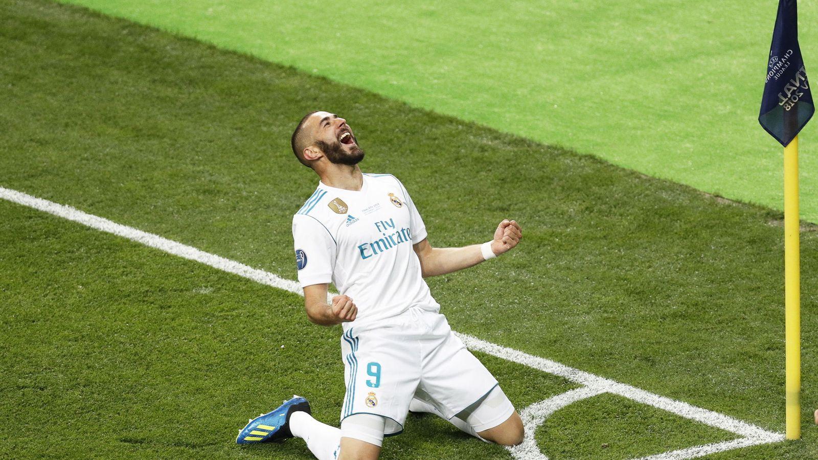 Foto: Benzema celebra el primer gol del Real Madrid en la final de Kiev. (Reuters)