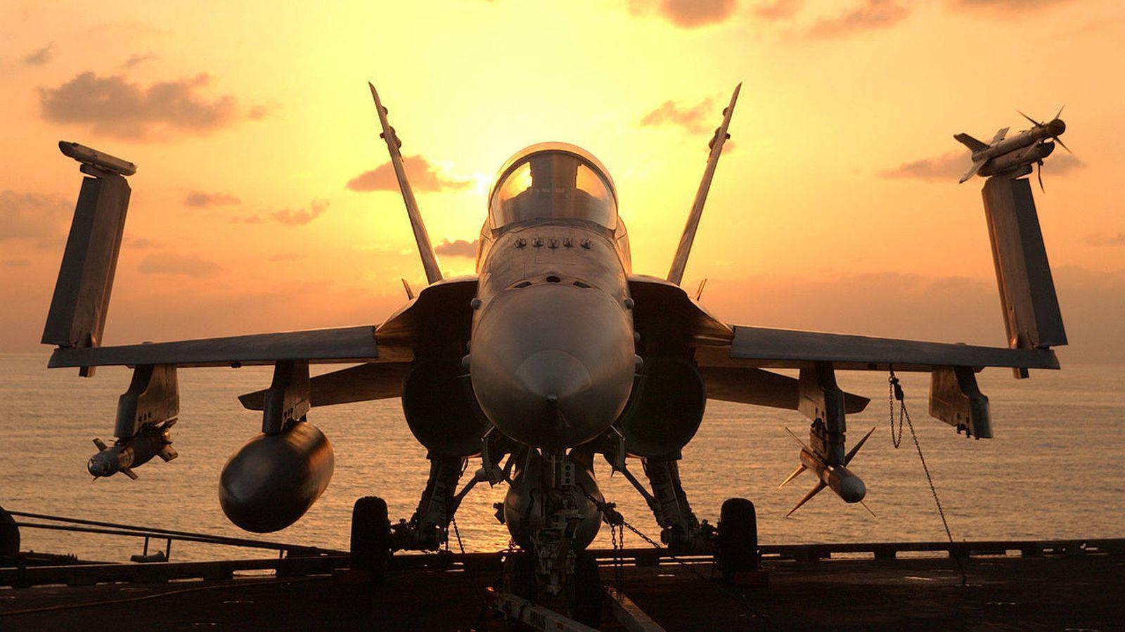 Foto: Un F/A-18, a bordo del USS 'John C. Stenis'. (US Navy / Wikipedia)