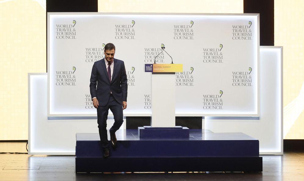 Foto: Pedro Sánchez, durante la Cumbre del Consejo Mundial de Viajes y Turismo, este 3 de abril en Sevilla. (EFE)