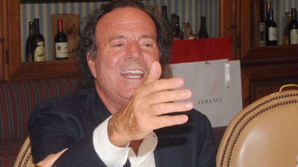 Eduardo Zaplana ocultó casi 4 millones que Julio Iglesias cobró de la Generalitat