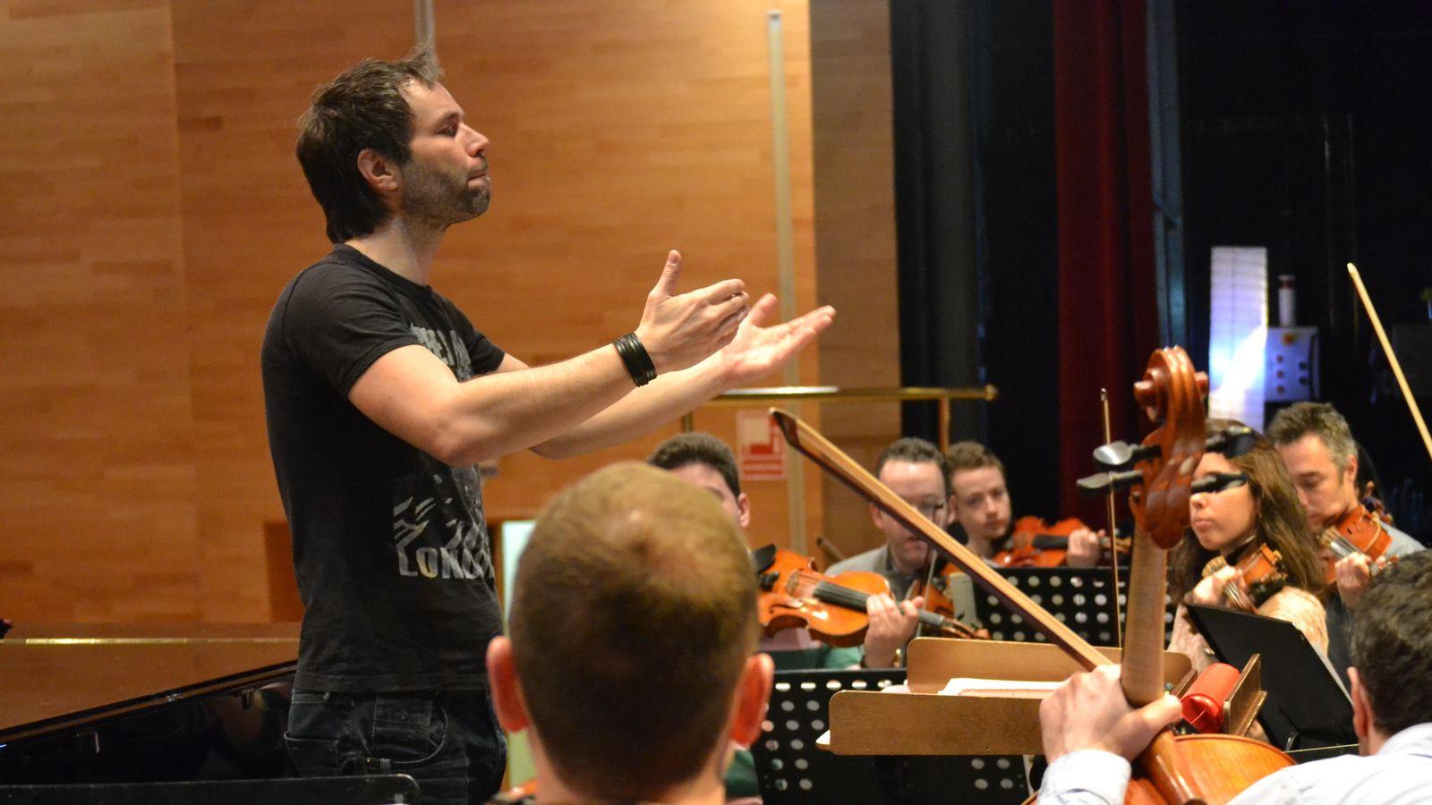 Foto: Josep Vicent dirige el 'Concert in Jeans' de la Hispanian Symphony Orchestra