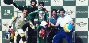 Post de El vacile de Fernando Alonso a Pedro de la Rosa en la carrera de resistencia en su circuito