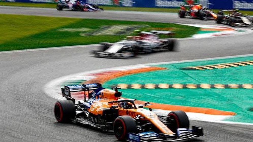 Foto: Otra carrera sin puntos para Sainz, que ve cómo Daniel Ricciardo se acerca en la clasificación de pilotos. (McLaren)