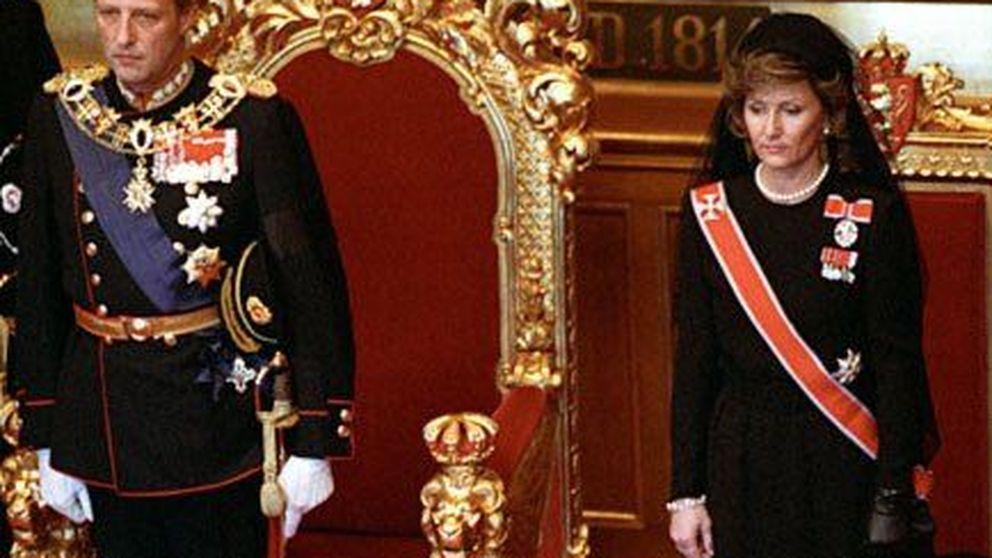 Los 25 años de reinado del rey Harald de Noruega en sus imágenes más familiares