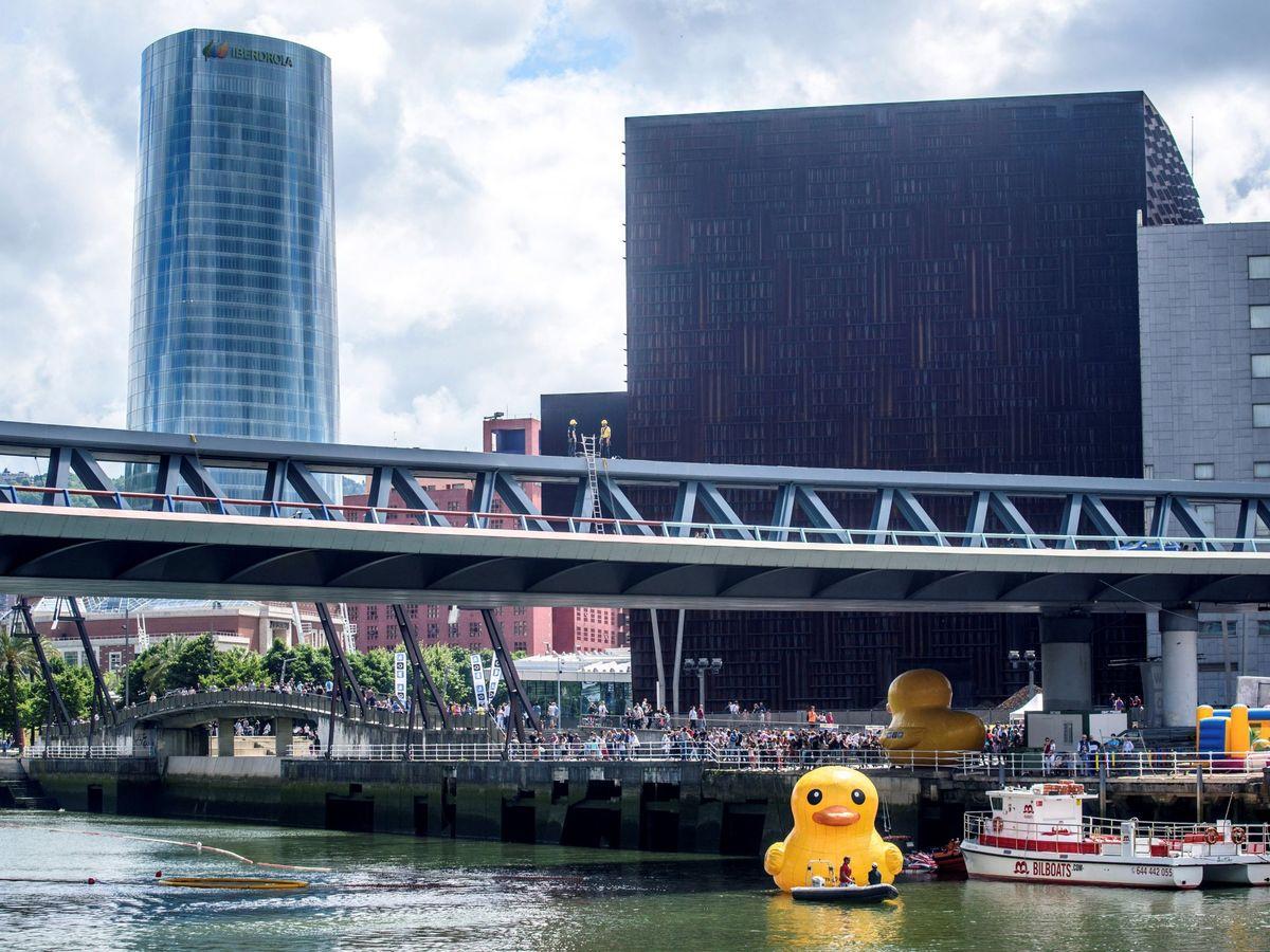 Foto: Una imagen de la sexta edición de la Estropatada en Bilbao en 2018 (EFE)