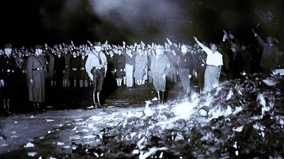 Foto: Quema de libros: uno de los deportes favoritos de los nazis.