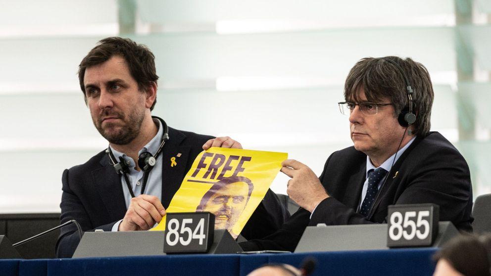 Fiscalía pide al TS que confirme la vigencia de las órdenes contra Puigdemont y Comín