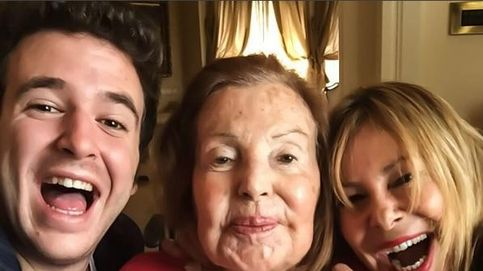 La madre de Ana Obregón se recupera con el apoyo de su nieto y su hija