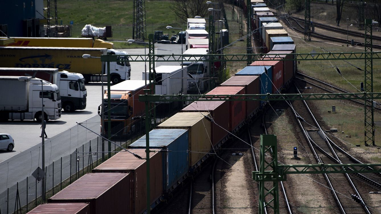¿Por qué el tren Budapest-Belgrado que construye China es 'secreto de Estado'?