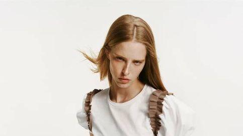La camiseta blanca de Zara por la que pondrás pausa a las rebajas